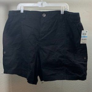 Style & Co Deep Black Mid-Rise Shorts 20W NWT